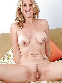 French mature mademoiselle in ideal shape